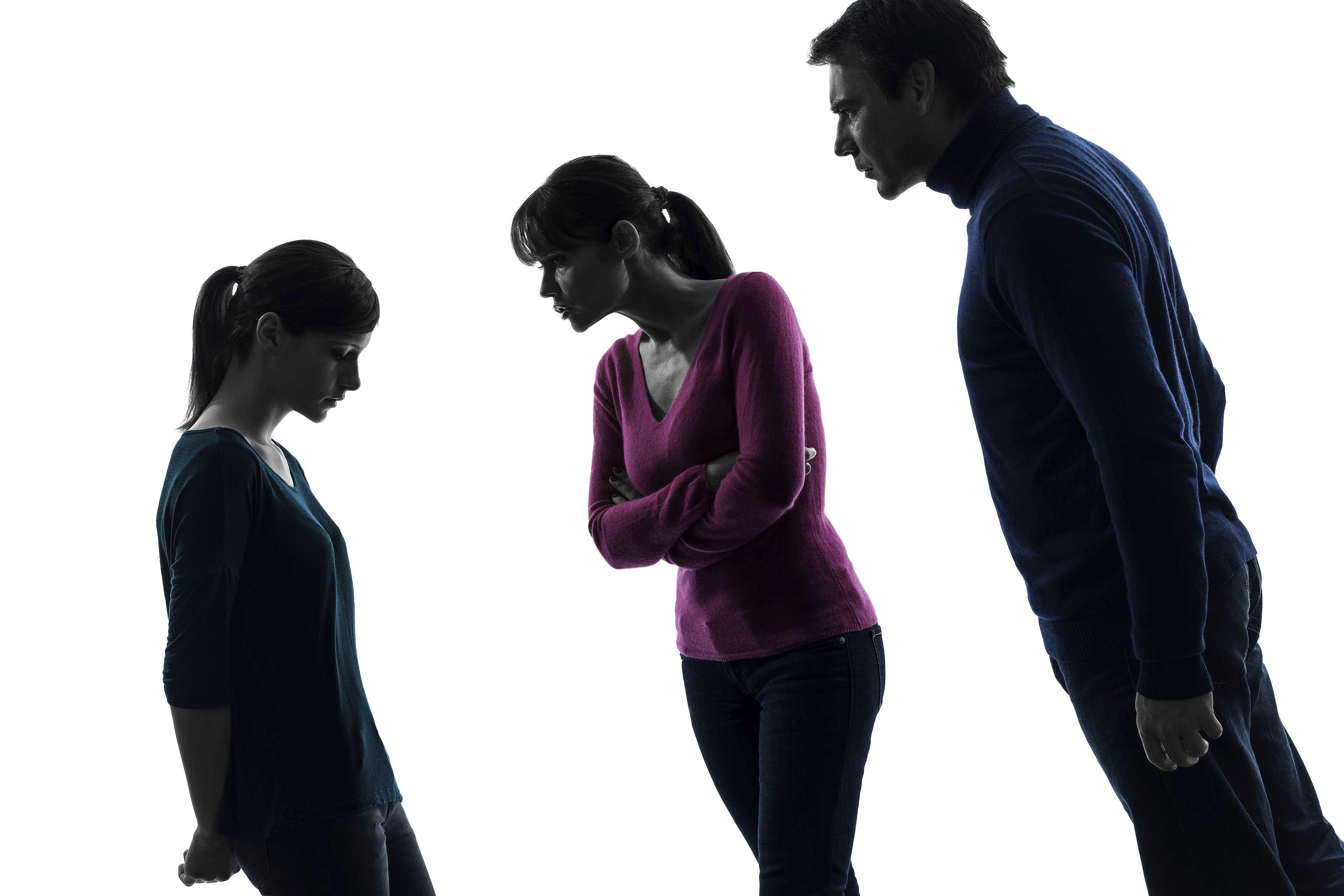 Comment réagir face à notre enfant/notre adolescent qui nous parle mal ?